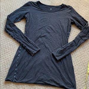 Reversible gray to black Lululemon long sleeve tee